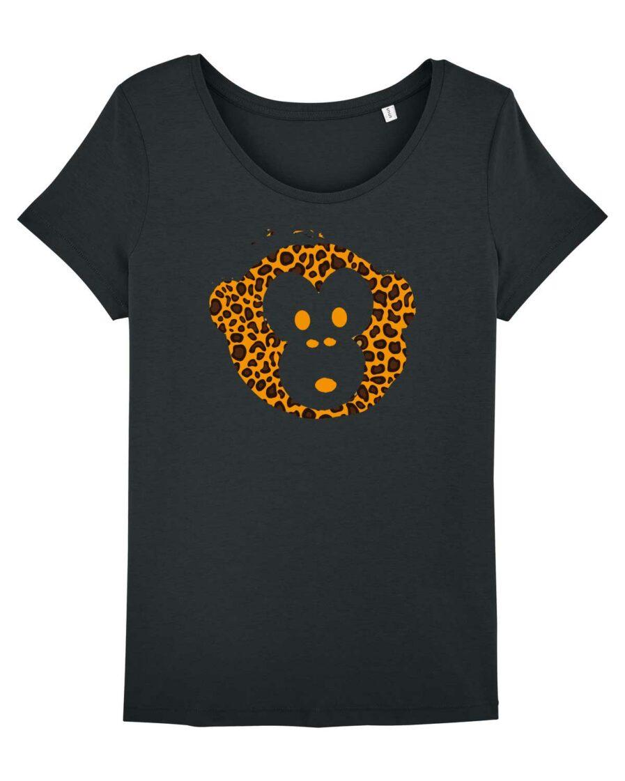 Monkey loves Black Leo