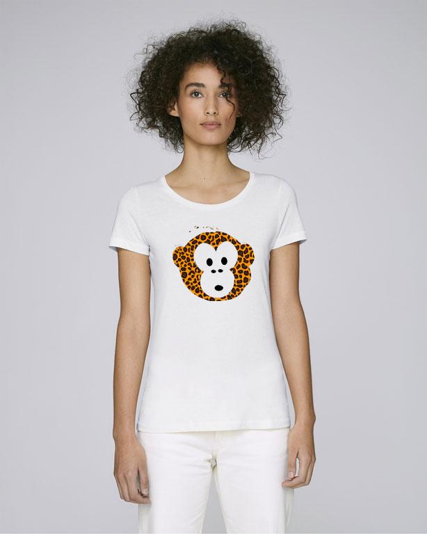 Monkey loves white Leo