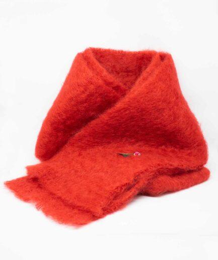 Roter Mohair-Schal